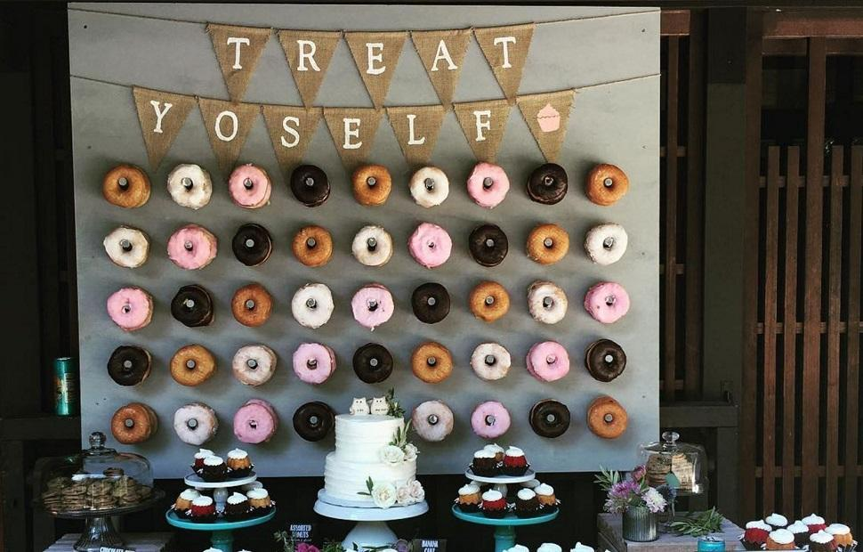 Latest wedding trend - Donuts Wall!